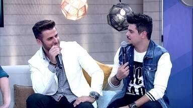 Zé Neto e Cristiano são amigos desde os 3 anos de idade - Dupla diz que conhecer bem um ao outro ajuda na carreira