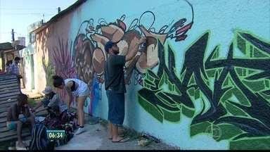 Feriadão de Sete de Setembro foi colorido e musical no bairro do Pina - Mais de 80 artistas participaram do Pão e tinta, encontro de MC´s e grafiteiros.