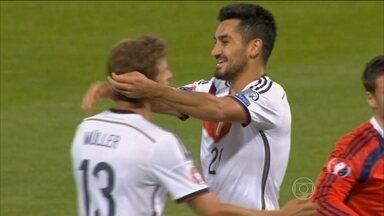 Alemanha vence Escócia e se aproxima de classificação para Eurocopa de 2016 - Muller faz dois e é o destaque da vitória alemã.