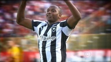 Após ser decisivo na vitória do Botafogo, Sassá procura vaga de titular - Equipe carioca enfrenta o Paraná na próxima rodada.