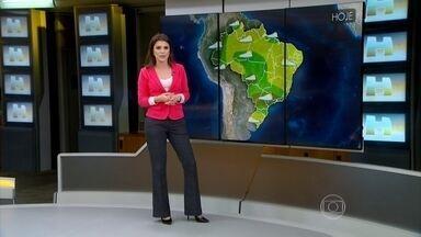 Chuva de granizo danifica casas em Santa Catarina - Confira a previsão do tempo para todo o Brasil.