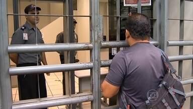 Greve do INSS completa dois meses - Em muitos postos não há nenhum funcionário trabalhando. A população sofre com a dificuldade para marcar uma perícia ou dar entrada na aposentadoria.