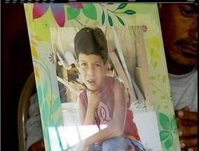 Menino morre com suspeita de meningite em Rio das Ostras, no RJ - Crianças da Escola Municipal Dom Bosco receberam medicamentos para prevenir a doença.