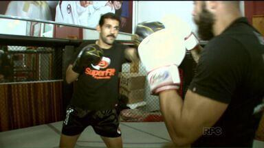 Atletas de Londrina participam de Mundial de Kickboxing na Sérvia - O campeonato acontece em outubro e traz muitas expectativas para os dois lutadores, que querem surpreender os estrangeiros no torneio