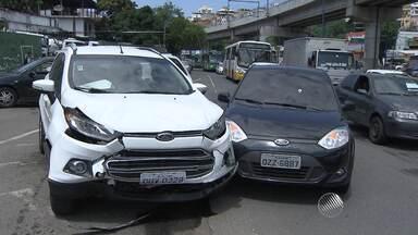 Funcionário da Defensoria Pública é vítima de sequestro relâmpago após ter carro roubado - Polícia tentou prender os bandidos, mas não conseguiu.