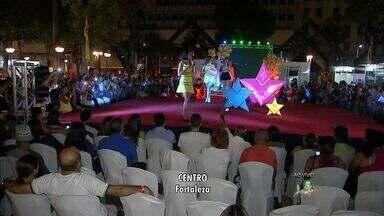 Começa em Fortaleza o Terceiro Pollo Fashion Week - Abertura do evento ocorreu na Praça do Ferreira.
