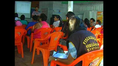Comerciantes da praia do Maracanã recebem curso de manipulação de alimentos - Intenção é melhorar condições de higiene.