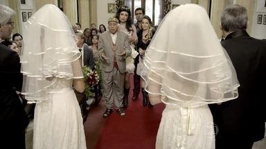 Seu Chalita interrompe o casamento duplo - Lucilene, Tijolo, Stephanie e Shirley dão palpite sobre a decisão das moças