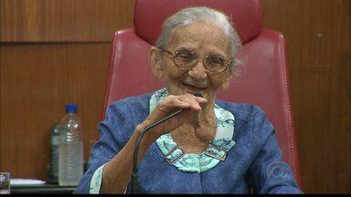 Elisabeth Teixeira é homenageada na Câmara de Vereadores em João Pessoa - Aos 90 anos, a líder camponesa é símbolo da luta pela terra em todo o Brasil.
