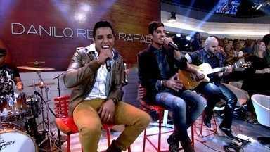 Danilo Reis e Rafael cantam 'Volta' no programa - Dupla sertaneja está lançando o primeiro CD da carreira