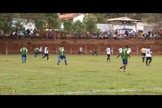 Comunidades rurais em Divinópolis se reúnem para campeonato de futebol - 'Copa Rural' é realizada há 30 anos. Coordenador do projeto explica que os times contam com jogadores que moram na roça e na cidade.