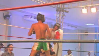 Cuiabá recebe evento de lutas em pé - Lutadores disputaram o cinturão do HFC