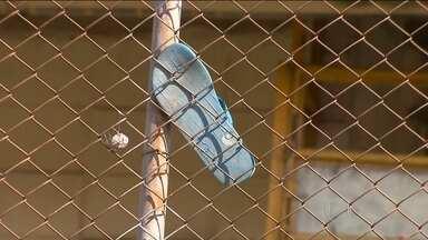 Fundação Casa têm 132 fugas em menos de um mês - A última fuga foi na segunda-feira (21) à noite em Guaianases, na zona leste. A promotoria da infância e juventude diz que o problema é a superlotação.