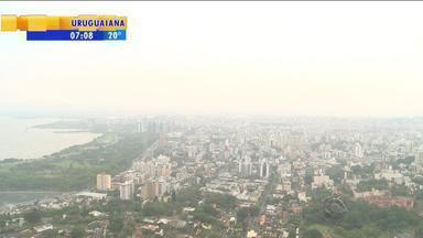 Tempo: apesar do sol na capital, risco de temporais continua em algumas regiões do RS - Máxima é de 34 graus em Porto Alegre nesta quarta (23).