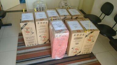 Polícia apreende mais de 5 mil maços de cigarros contrabandeados do Paraguai em São Carlos - Cigarros foram encontrados em uma casa no bairro Cidade Aracy I. Polícias chegaram ao local através de uma denúncia anônima.