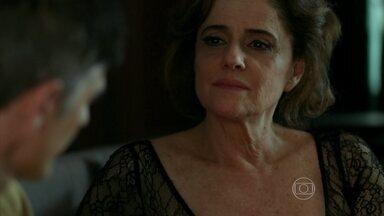 Fanny dá ultimato para Anthony abandonar Giovanna e Maurice - Dona da agência diz que se o namorado não largar os amantes, ela deixa de bancar as despesas de Fábia