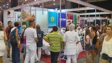 """Feira de Estética e Moda inaugura 17ª edição em Manaus - Evento iniciou com desfile """"Top Kids Amazonas"""" e espaço gourmet."""