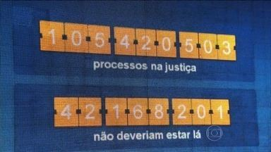 Painel mostra o número de processos que chegam a Justiça a cada 5 segundos - O 'Processômetro', criado pela da Associação dos Magistrados do Brasil, mostra que existem mais de 105 milhões de processos em todo país. Cerca de 27 milhões são de São Paulo.
