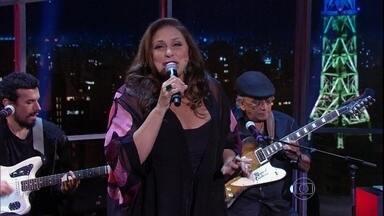 """Fafá de Belém encerra programa de quarta-feira - Cantora canta música de seu novo álbum, """"Meu Coração é Brega"""""""