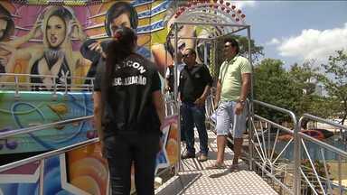 Equipes do Procon fiscalizam parques de diversão no interior do MA - A medida visa evitar acidentes como o que aconteceu em São Luís no mês passado.