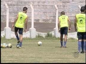 Grêmio Prudente se prepara para enfrentar o líder São Carlos - Confronto é na tarde deste sábado (3), no Estádio Prudentão.