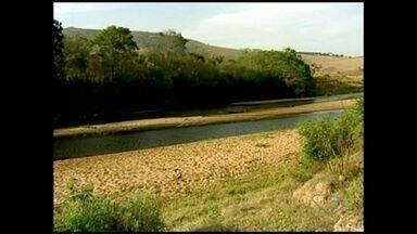 Abastecimento de água é comprometido pela seca em São Mateus, ES - O rio Cricaré está sofrendo com a ação do homem.