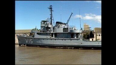 Navio da Marinha será transformado em museu em Rio Grande, RS - Emabarcação foi utilizar por 60 anos; cidade será a terceira no país com um navio-museu