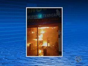 Dois incêndios são registrados no domingo (4) no Agreste de Pernambuco - Um dos casos foi no Bairro Morada Nova, em Caruaru, e o outro em Lajedo.