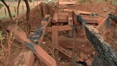 Ponte é incendiada na Comunidade Limpo Grande - Ponte é incendiada na Comunidade Limpo Grande.