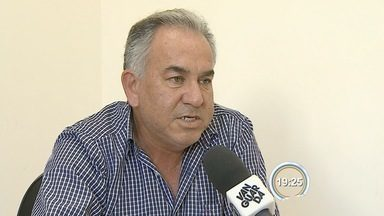 Prefeito de São Luiz do Paraitinga tem mandato cassado pela Câmara - Vice-prefeito, Luiz Carlos Pião, assumiu o cargo nesta segunda (5).