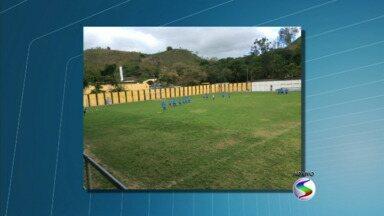 Elenco do Barra Mansa passa a treinar na Associação Atlética Barbará - Time treinava antes no Estádio Leão do Sul; novo espaço conta com campo com dimensões adequadas à prática do futebol profissional, quadra, caixa de areia, piscina e quatro vestiários.