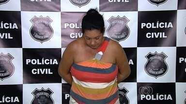 Mulher é presa suspeita de extorquir idosa durante seis anos em Inhumas, GO - Vítima vendeu móveis e a casa de R$ 30 mil que tinha para pagar a suspeita.