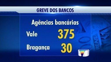 Bancários da região entram em greve - Região tem 400 agências bancárias e muitas estão com os serviços prejudicados.