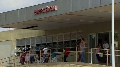 Pacientes reclamam que o Hospital de Planaltina suspendeu cirurgias - Pacientes reclamam que o Hospital de Planaltina suspendeu cirurgias. Trezentas pessoas internadas aguardam na fila.