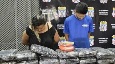 Casal é preso com mais de 100 kg de drogas em Manaus - Casal era investigado há 5 meses; ambos foram autuados por tráfico.