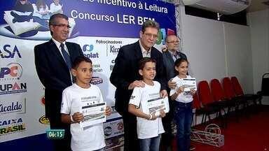 Concurso recebe 1,2 mil histórias escritas por crianças - Ler Bem divulgou os três vencedores nesta quinta (8) no Cabo de Santo Agostinho