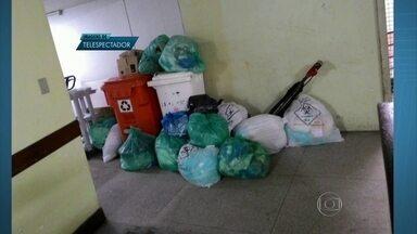 Paralisação de funcionários que fazem a limpeza em hospitais do DF provoca transtornos - No Hospital de Taguatinga, sacos de lixo estão amontoados. Ao todo, 200 funcionários estão parados. Eles trabalham em hospitais e unidades de saúde de pelo menos sete regiões.