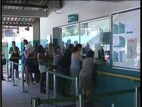 Estação ferroviária de Valadares fica lotada para viagens do feriadão - PRF intensifica fiscalização nas rodovias.