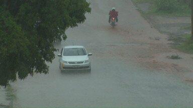 Saiba o que fazer em situações de chuva forte - O Capitão dos Bombeiros, Amarildo Ribeiro, explica o que os moradores devem fazer.