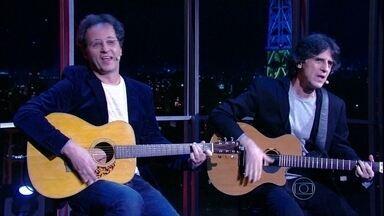 Kleiton e Kledir cantam música nova - Dupla lança 'Pingos nos is' no Programa do Jô