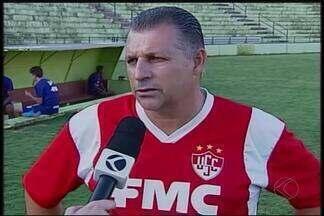 Contra Valeriodoce, Uberaba tenta se recuperar na Segundona - Colorado tem dois jogos em casa ainda no primeiro turno do hexagonal. Técnico José Humberto diz que Uberaba Sport tem obrigação de vencer.