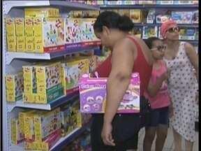 Lojas movimentadas para a compra do presente do Dia das Crianças - Comerciantes têm boas expectativas para a data.