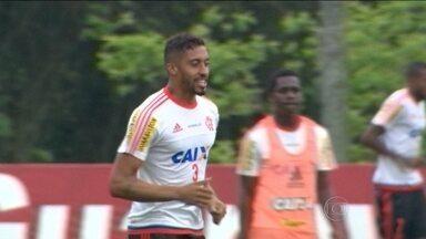 Flamengo pode voltar ao G4 e ajudar o Vasco na luta contra o rebaixamento - Vasco segue com treinos fechados para a imprensa.