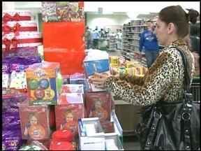 Comércio fica aberto na tarde deste sábado (10) em Erechim, RS - Confira também como fica o comércio no feriado.