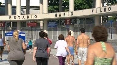 Roubos no entorno do Maracanã preocupam moradores e esportistas - Os roubos a celulares dobraram. E em dois meses foram registrados 430 roubos e furtos a bicicletas.