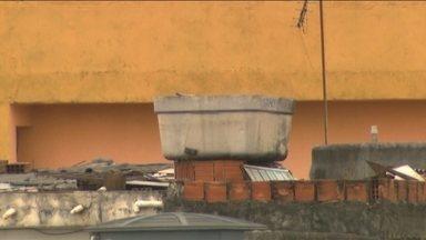 Caixa d'agua de amianto continua sendo vendida - A venda proibida das caixas de água com amianto continuam. Mesmo proibída há anos, a caixa d'agua é comercializada na internet.