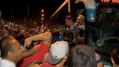 Tupi é recebido com festa em Juiz de Fora, após garantir o acesso à Série B - Após eliminar o Asa, equipe mineira vai enfrentar o Londrina, na semifinal da Série C