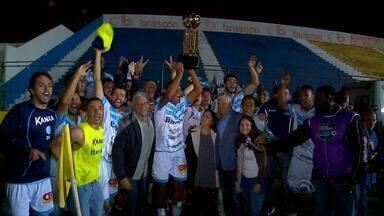 Lajeadense comemora fora de casa o título da Copa Luiz Fernando Costa - Lajeadense venceu o Pelotas por 1 a 0.