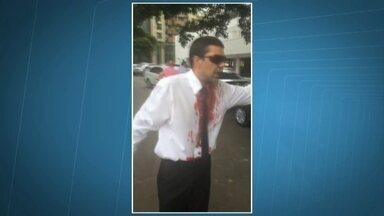Motorista do Uber é agredido por taxistas no Setor Hoteleiro Norte - Um motorista do Uber foi agredido por taxistas na tarde de domingo (25), no Setor Hoteleiro Norte. O caso foi parar na delegacia.