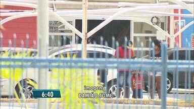 Bandidos invadem supermercados e levam celulares em Campina Grande - Segundo a Polícia, eles agiram rápido e levaram dezenas de celulares.